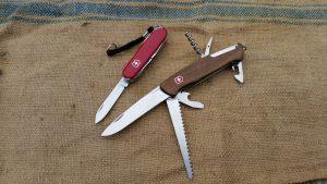 Outdoormesser Taschenmesser test kaufen holzgriff mit feuerstahl